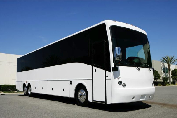 40 passenger charter bus rental Mobile